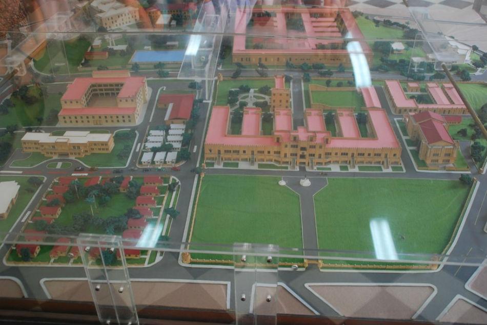 Maqueta de la ciudad santiago de cuba for Ciudad santiago villas