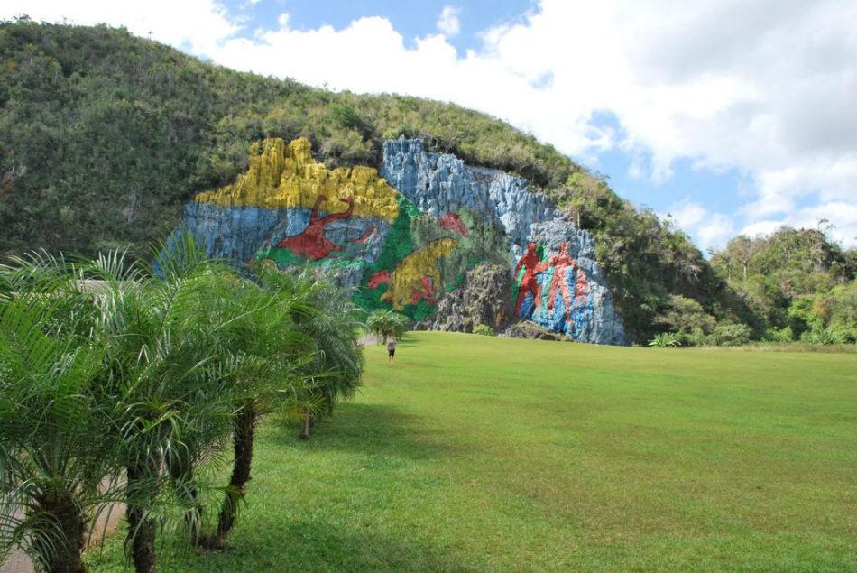 Mural de la prehistoria vi ales for Mural de la prehistoria cuba