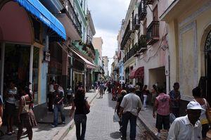 Calle Obispo, La Habana