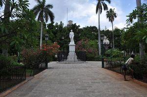 Statua di Carlos Manuel Céspedes, Plaza de Armas