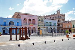 Plaza Vieja Square, Old Havana
