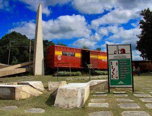 Toma del Tren Blindado Monument