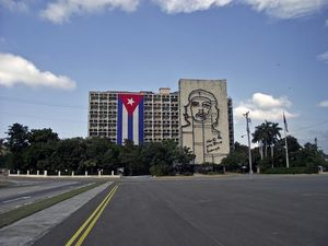 El Che Building, Plaza de la Revolucion Square