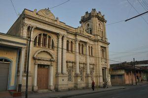 Bibliothèque Policarpo Pineda Rustán
