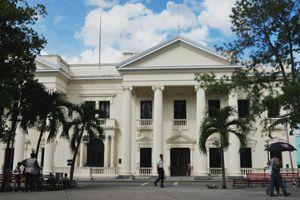 Le Palais Provincial et la Bibliothèque Provinciale José Martí